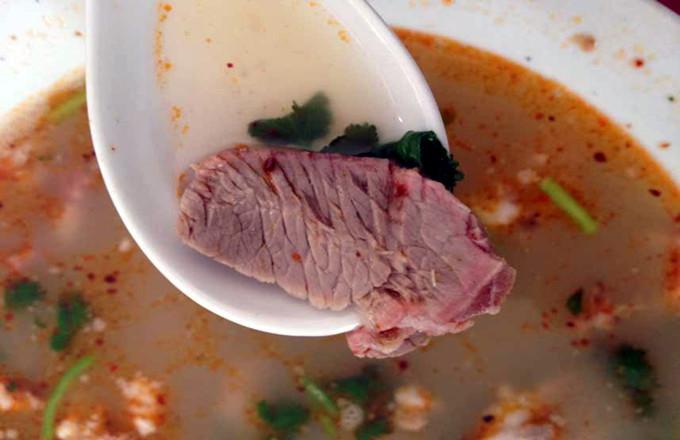 台儿庄特色小吃大全--枣庄羊肉汤