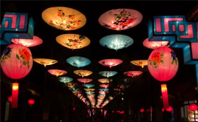 台儿庄古城夜景几点开始