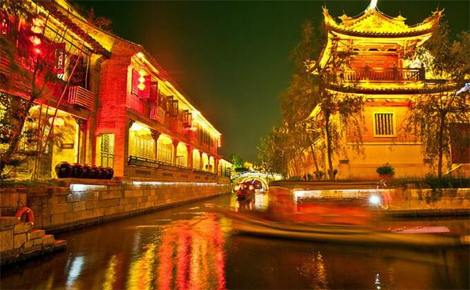 台儿庄古城旅游住哪个宾馆比较好