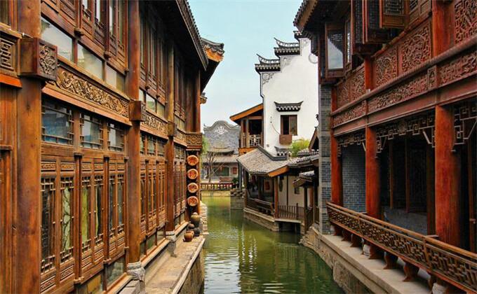 临沂周边两日游景点台儿庄古城