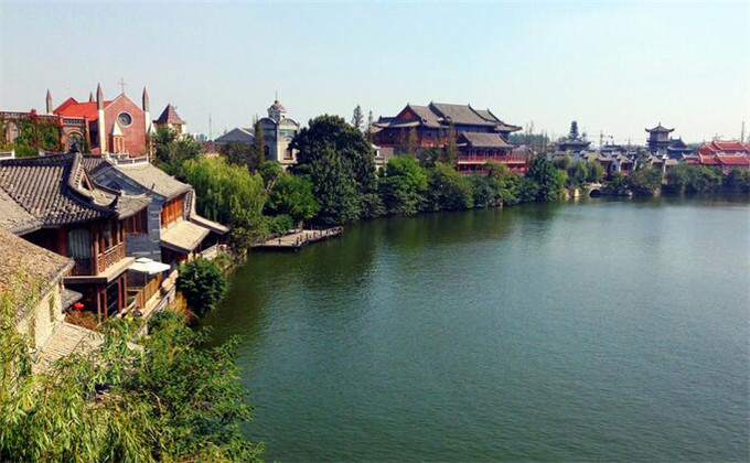 济南周边景点台儿庄古城