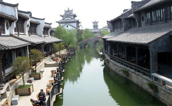 大明湖周边200公里景点台儿庄古城