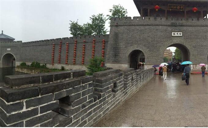 泰山附近一日游景点台儿庄古城