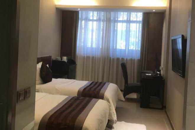 台儿庄古城节假日酒店价格贵不贵