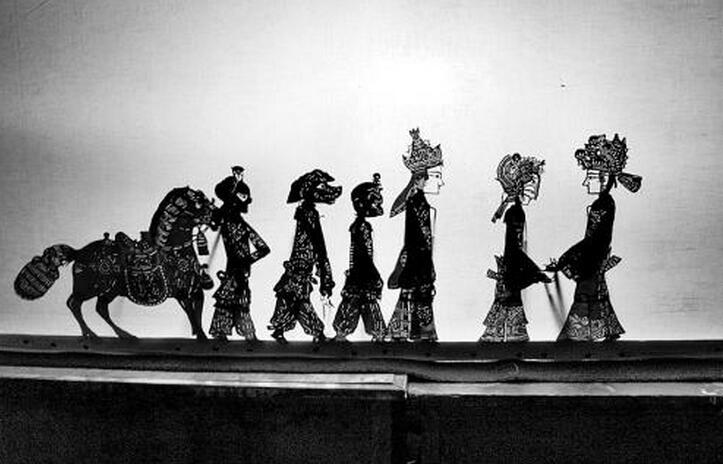 传统剧目《西游记》,《哪吒闹海》,《八仙过海》等为其代表作.