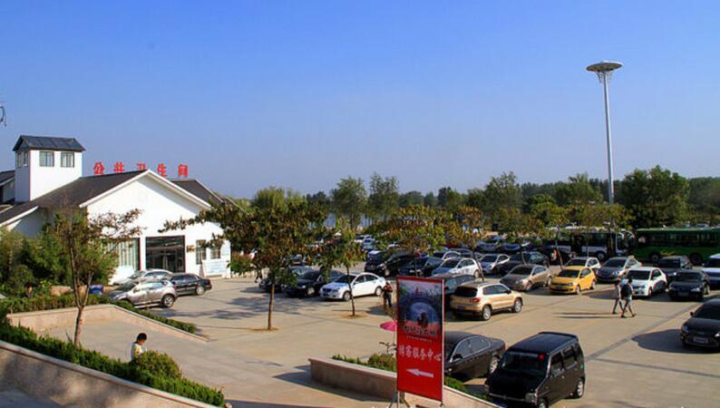 枣庄台儿庄古城住宿停车场在哪?